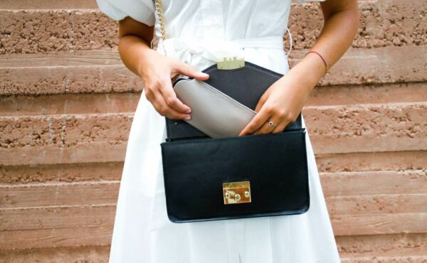 How BAGS & PIECES use Add-Ons Ultimate to sell DIY handbag kits