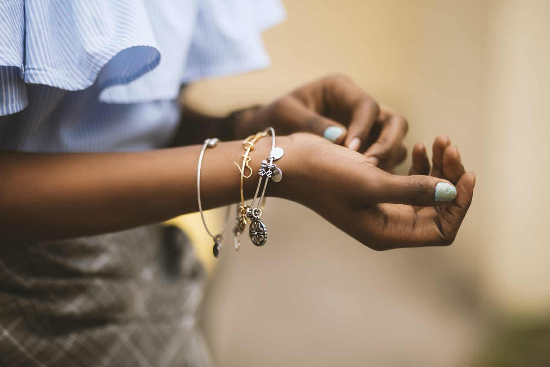 Sell custom jewelry